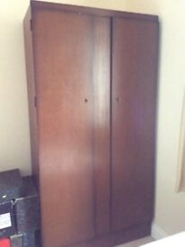 Single wardrobe, free to anyone who can collect