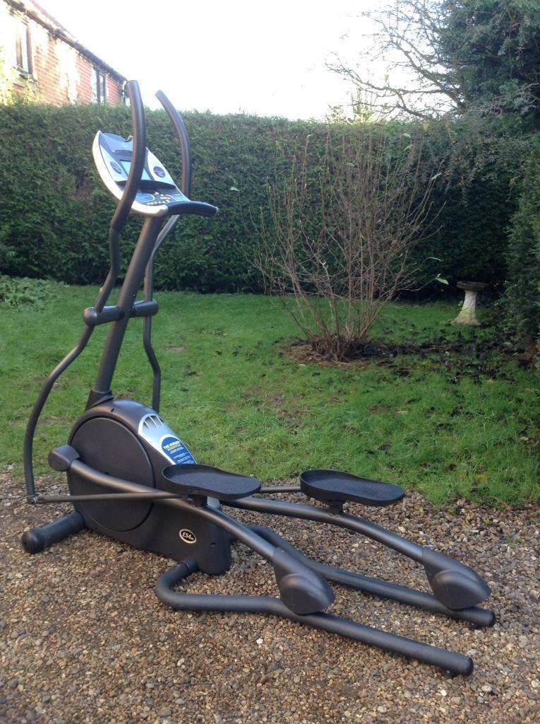 Horizon Fitness E54hr Cross Trainer (Delivery Available)