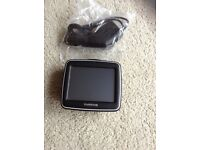 Tomtom 1EX00 satnav with U.K. And Ireland maps , inc new car charger