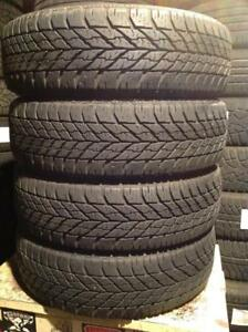 4 pneus d'hiver 185/65 r15 goodyear ultra grip winter.  175$
