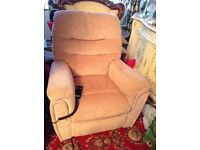 Electric Arm Chair, Rise & Recline. (Celebrity)