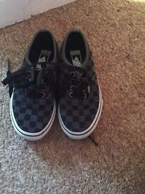 Kids Vans Checked Trainers UK size 10.5