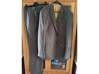 Men's Grey Two Piece Suit 42L Jacket 36L Trousers