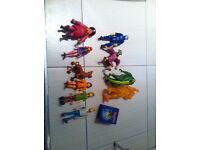 Scooby Doo Action Figures, Mystery Machine Team as well as 6 monsters/villans