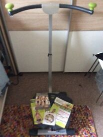 Exerciser Twist and shape.With DVD and paperwork