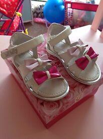 Girls Lelli Kelly sandals size 5 (toddler)