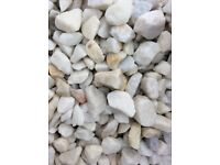 20 mm white Spanish marble garden and driveway chips / stones