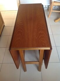 Drop Leaf Dining Table with four chairs