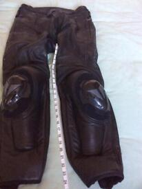 Dianese D-TEC Motorcycle Leather Trousers Size 32, Medium (Euro 50)