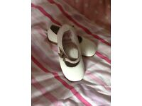 Girls white patent shoes kids size 7