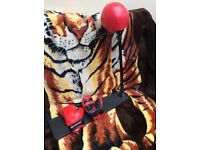 Child's punch bag and gloves