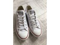 As new white leather converse size 6