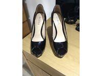 GUESS black stiletto shoes