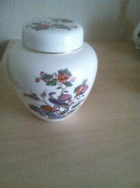 Wedgwood Bone China Kutikani Crane Pattern Ginger Jar Excellent Condition