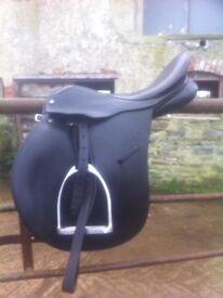 """16"""" Saddle, horse/equestrian equipment"""