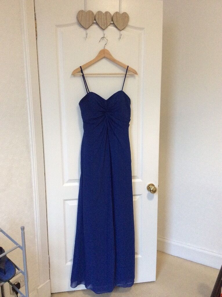 Ladies Formal DressSize 12Bluein Edinburgh City Centre, EdinburghGumtree - Gorgeous formal dress. Worn once at a wedding and havent worn since. The straps have been stitched in place but these stitches can be removed and the dress can be strapless . RRP around £100. Cheap price as looking for a quick sale
