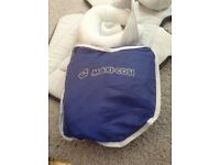 Maxi Cosi car seat rain cover and case