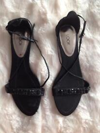 As new Look size 7 sandals