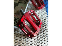 NEW Bike Pedals - 'Gusset' Slim Jim B.Red