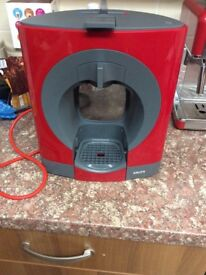 Red dolce gusto machine £30