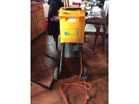 McCullough MB 380 electric garden shredder 1800watt