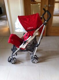 Uppababy Vista, pram travel system with raincover and shade cover. tavel adaptors included.