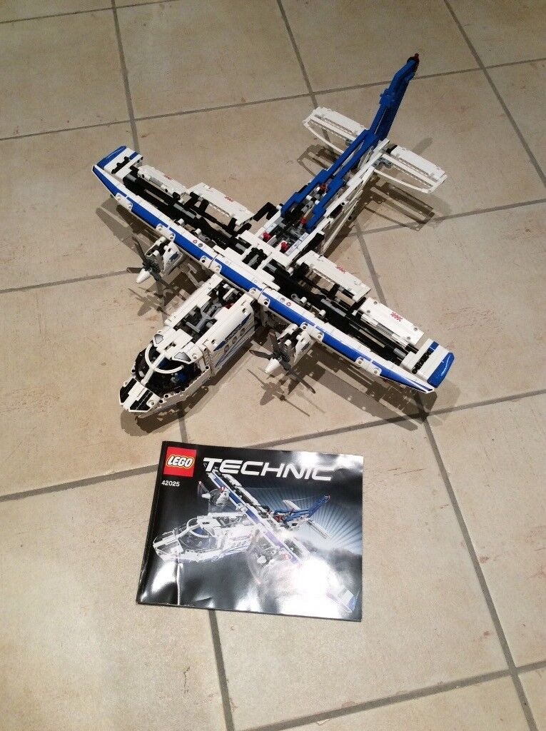 Lego Technic cargo plane - complete with instruction manual