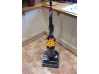 DYSON DC27 UPRIGHT VACUUM CLEANER
