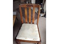4x dining room chairs - free to collector