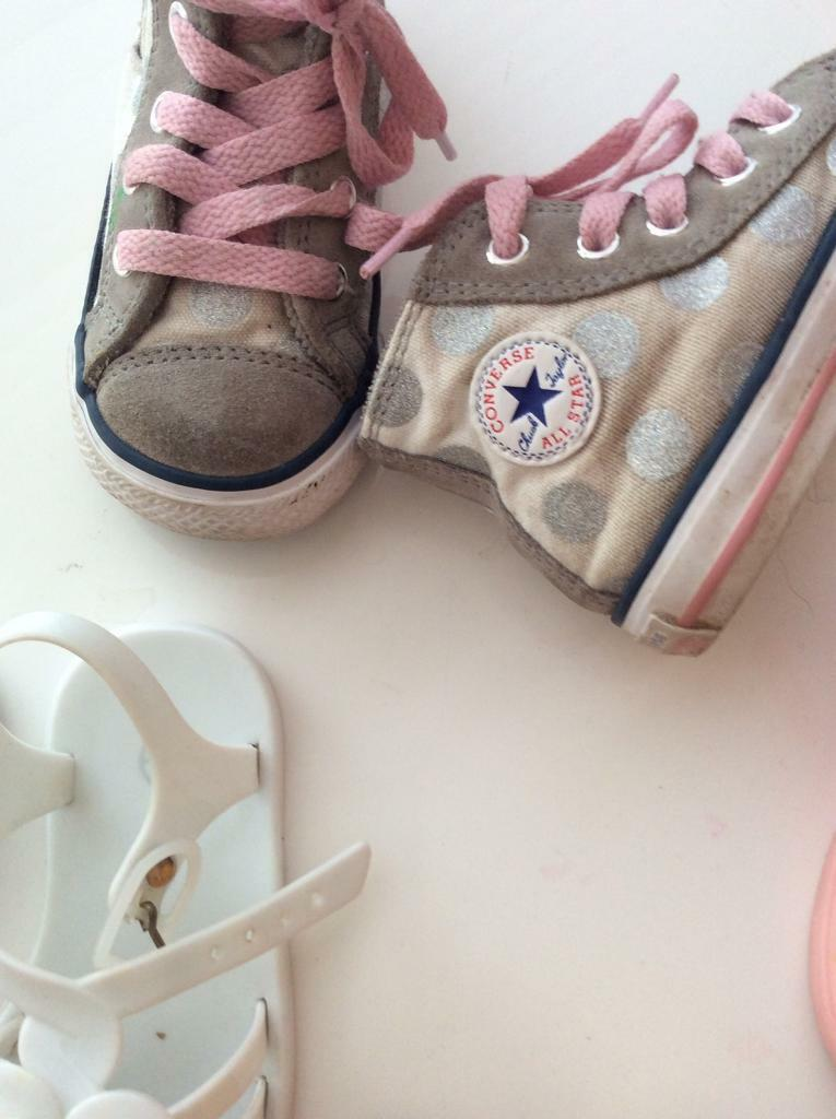 37eb147cd76 4xshoes size 6 baby girls next converse   jellies plenty of wear in them £3  for all 4 pros