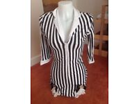 LONG STRIPED TOP GREAT FOR MISS BEETLEJUICE SIZE 8/10 HALLOWEEN WEAR WITH SHORTS OR LEGGINGS