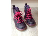 Girls Size 6 Boots - worn once