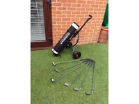 Donnay Junior Golf Clubs, Bag and Trolly
