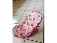Baby girl bath seat