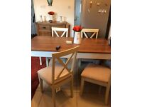 Kitchen Table & 4 Padded Chairs