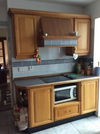 Oak kitchen units for sale and integrated appliances.
