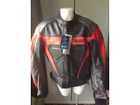 Ladies leather motorcycle jacket with ce protection armour new with tags size 16