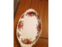 Royal Albert old country rose oval plate