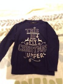 5-6yr Christmas Jumper, great condition, worn handful of times, pet and smoke free