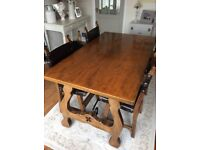 Youngers oak dining room table and chairs