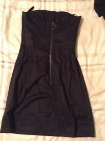 LITTLE BLACK DRESS ( FRENCH CONNECTION) Size 6