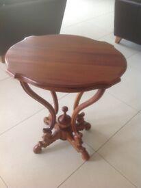 Lovely Mahogany Side/Lamp Table