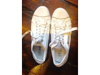 Excellent condition size 6 converse type white Firetrap Trainers