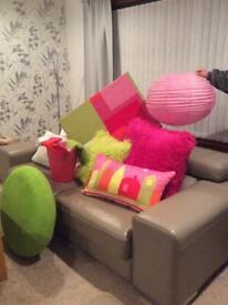 Accessories for girls bedroom