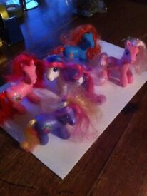 5 MY LITTLE PONY'S ASSORTED BUNDLE, USED CONDITION AS SEEN