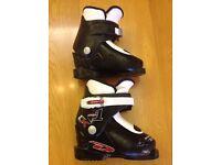 Kids Ski boots 214mm (size 10-10.5)