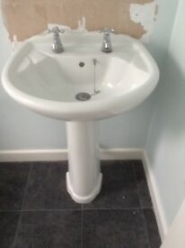 BATHROOM WASH BASIN AND PEDESTAL good condition, no chips or scratches. FREE
