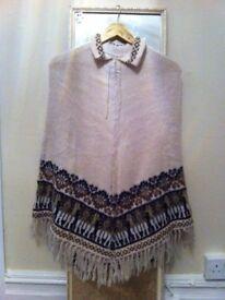 PONCHO *PERUVIAN CLOTHES*