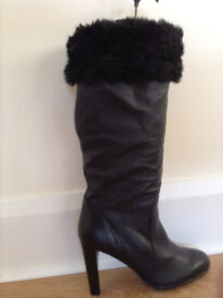 STUNNING 'FUR' TRIM KNEE-HIGH/FOLD DOWN TOP LEATHER BOOTS - £35