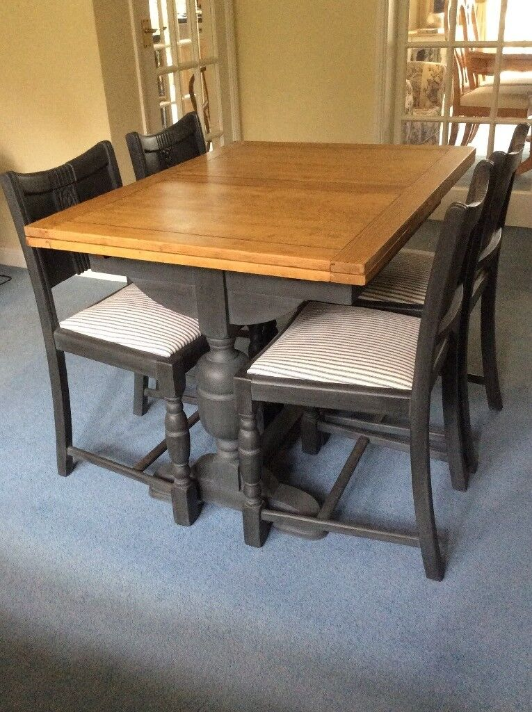 1930s Oak Draw Leaf Dining Table and Four Chairs